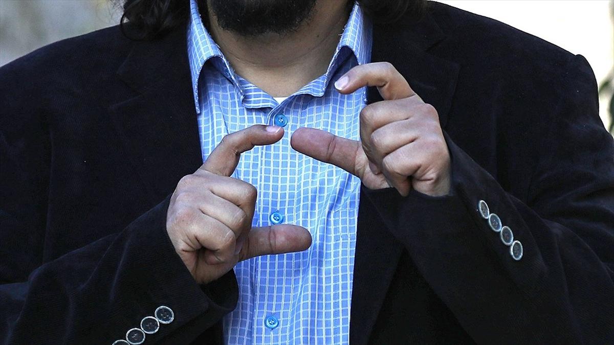 İşaret dilinde bilgi kirliliği, yanlış işaretleri yaygınlaştırıyor