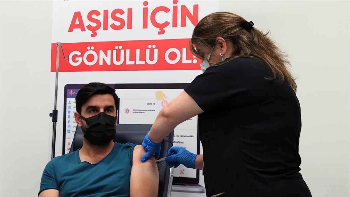 Yerli Kovid-19 aşısı 'TURKOVAC'ın Faz-3 çalışması 40 bin 800 gönüllüyle yürütülecek