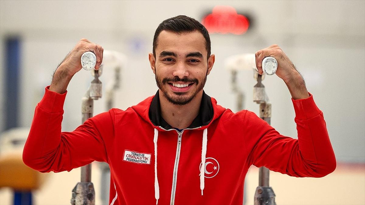Ferhat Arıcan, Artistik Cimnastik Dünya Kupası'nda altın madalya kazandı