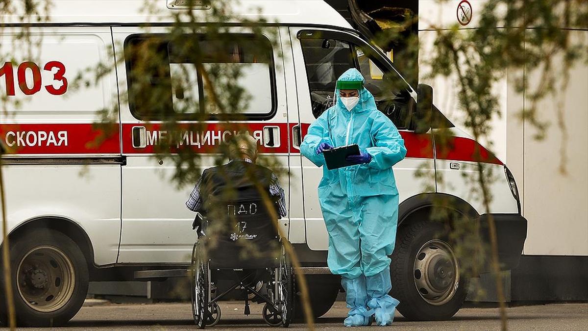 Rusya'da Kovid-19 kaynaklı en yüksek günlük ölüm sayısı kaydedildi