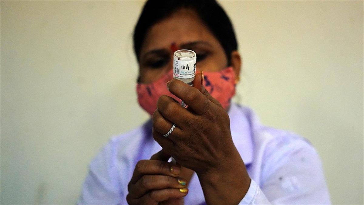 Dünya genelinde 4 milyar 70 milyon dozdan fazla Kovid-19 aşısı yapıldı