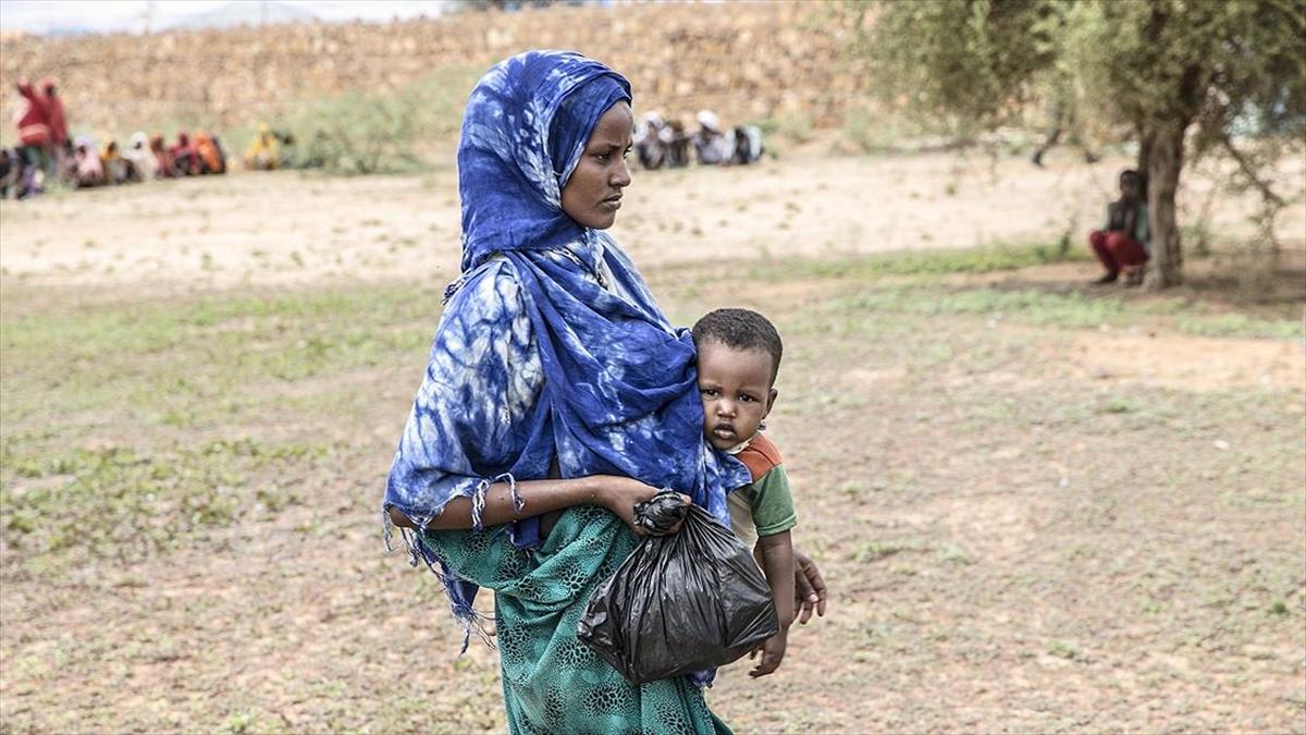Somali'de 3 milyon kişi gıda krizi ve salgın hastalıklarla karşı karşıya