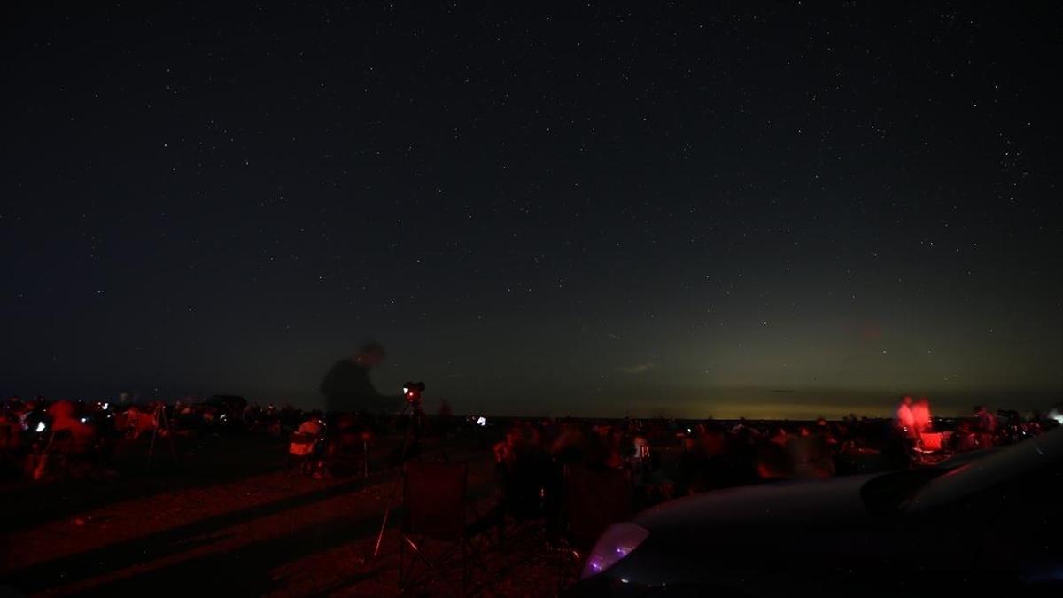 Karacabey Longozu'nda 2 bin kişi meteor yağmurunu izledi