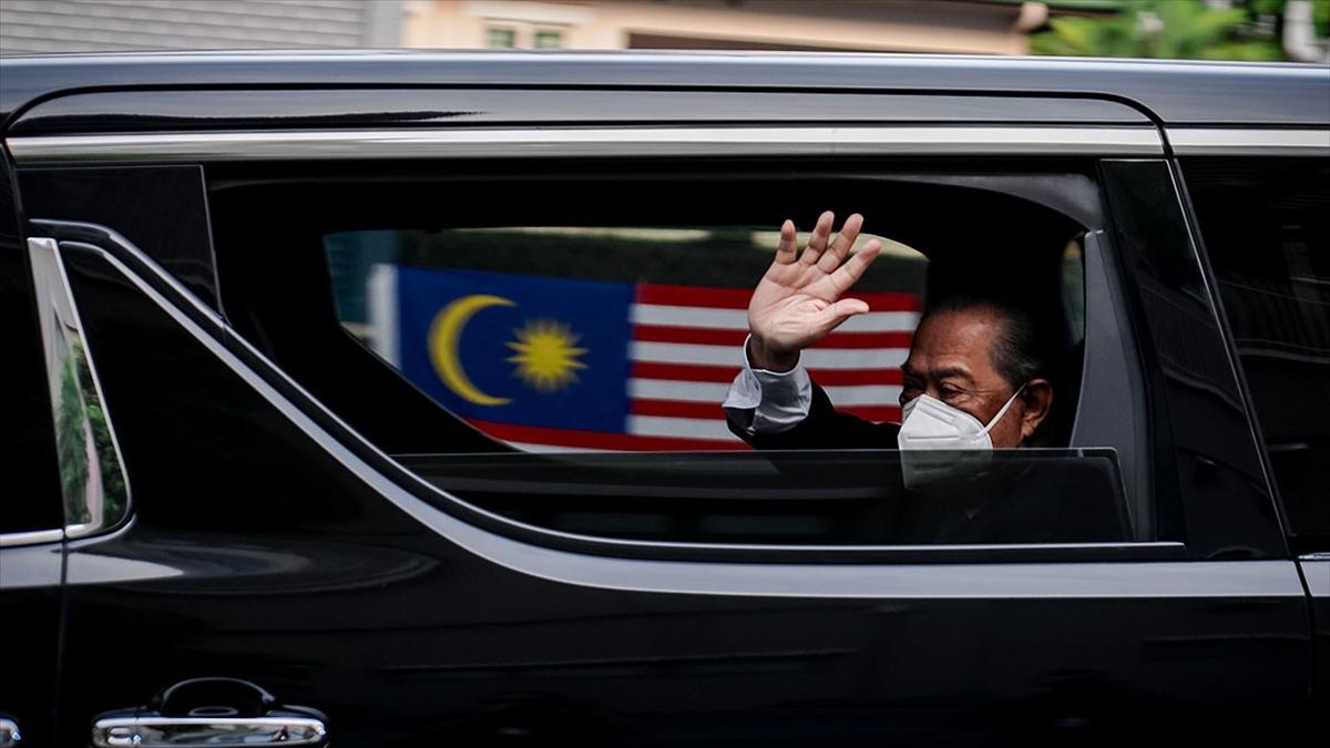 Muhyiddin Yasin'in istifasının ardından Malezya yeni başbakanını arıyor
