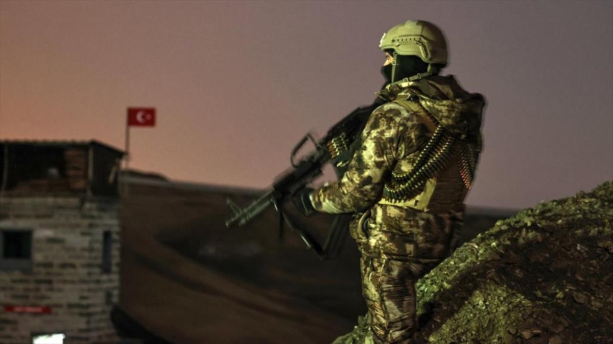 Güvenlik güçleri İran sınırında 7/24 nöbette