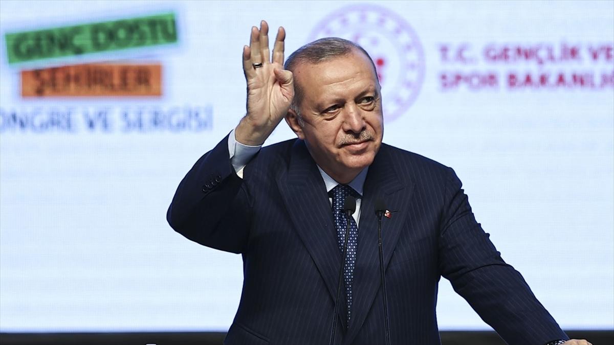 Cumhurbaşkanı Erdoğan'dan 'Neredeydik, nereye geldik?' paylaşımları
