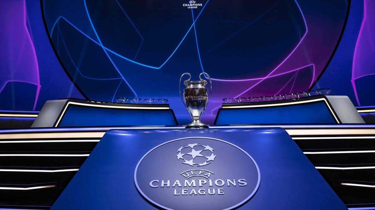 Avrupa futbolunda 2020-21 sezonunun en iyileri, İstanbul'daki törenle ödüllerini aldı