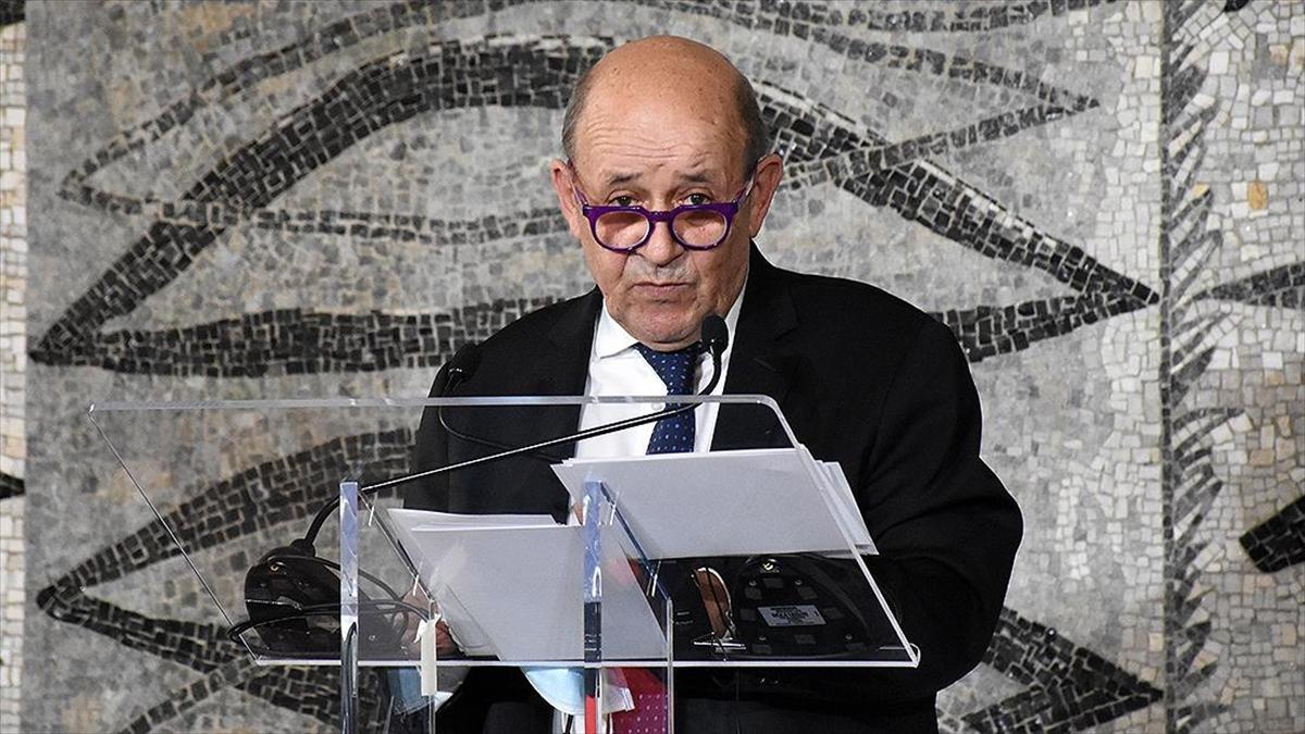 Fransa'dan, Avustralya'nın Fransız denizaltı satın alımlarını iptal etmesine 'ihanet' tepkisi