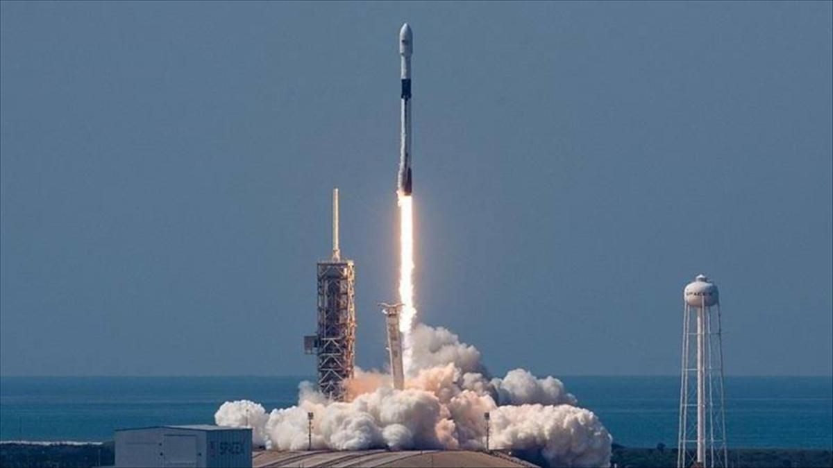 Rusya, 'uzayda çekilecek ilk uzun metrajlı filmi' için ekibini uzaya gönderdi