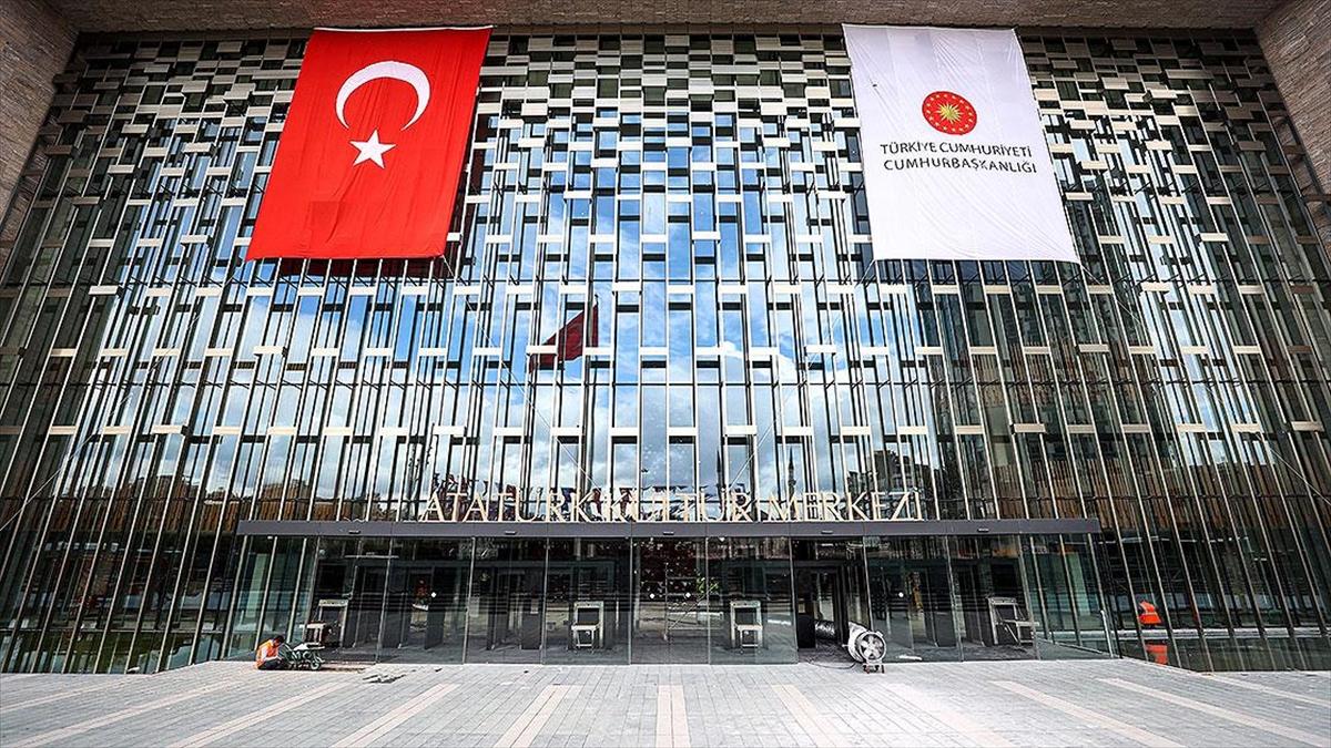 Türk operasının gurur sahnesinde 'İstanbul silüetinin mimarı' anlatılacak